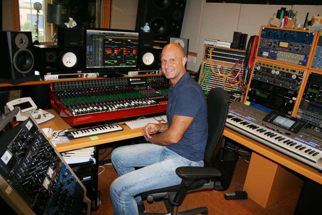 Ruud van Rijen in zijn studio in Lommel. Foto: © JansenMedia