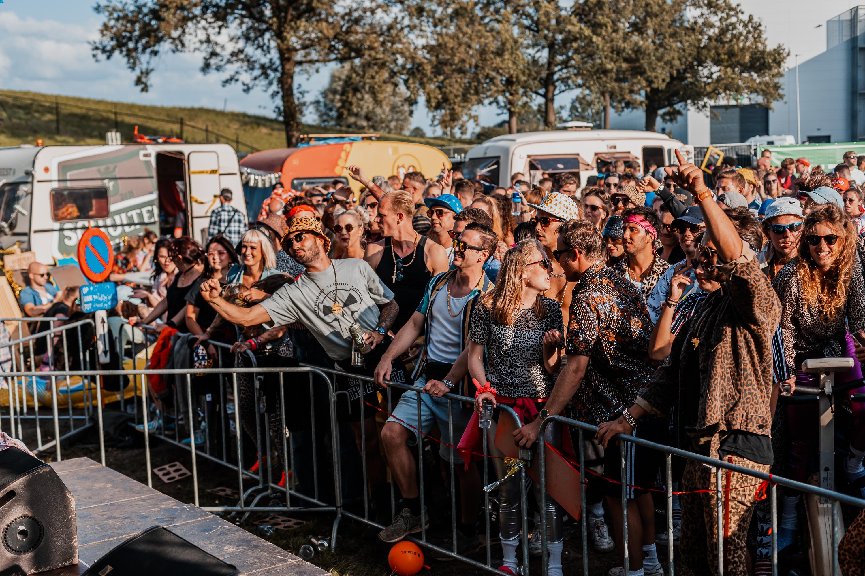 crowd Trailerfest