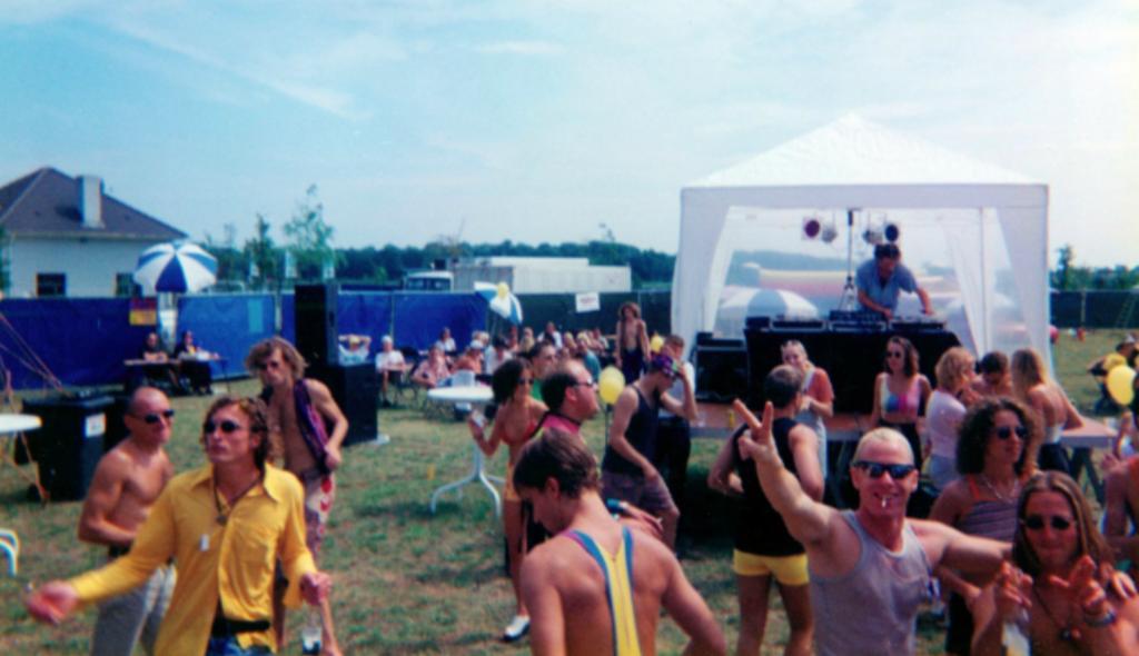 Extrema Outdoor 1996